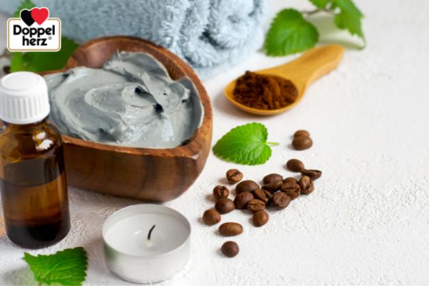 Sử dụng mặt nạ đất sét là xu hướng làm đẹp da hiện nay, đất sét kalin giúp giảm tiết dầu, giảm hình thành mụn